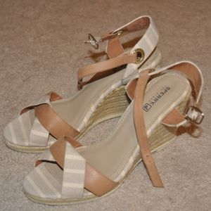 Sperry Wedges Size 8
